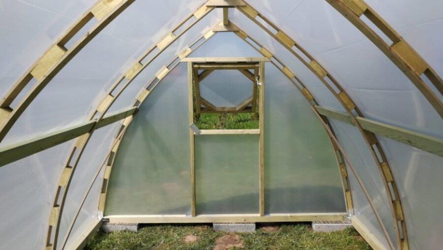 Wood Greenhouse RH300